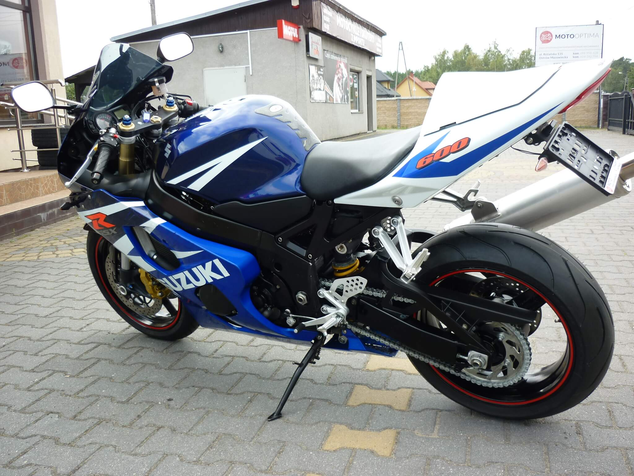 P1200175